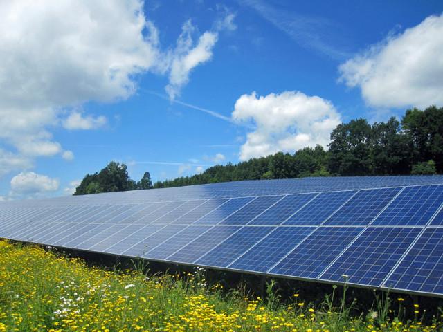 ATG Solarpark 1,15 MWp mit über 5000 Solarmodulen in Winterbach